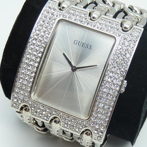 guess damenuhr w13097l1 heavy metall strass armband uhr silber markenuhr neu ebay. Black Bedroom Furniture Sets. Home Design Ideas
