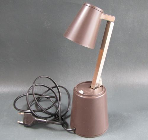 Lampette t lescopique table lampe panton eames pop art for Eames lampe