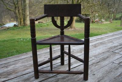 dreieck sessel eiche stuhl antik armlehnstuhl altenl nder worpsweder handarbeit ebay. Black Bedroom Furniture Sets. Home Design Ideas