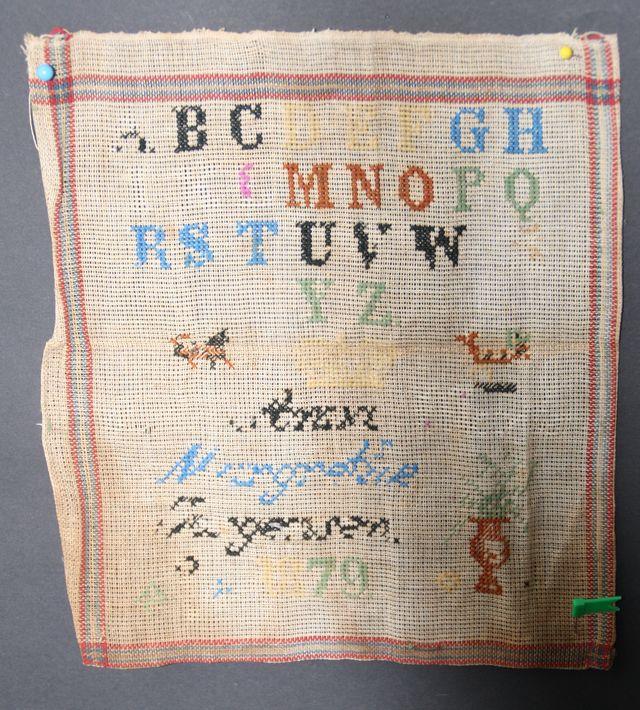 Stickmustertuch Mustertuch antik Sticktuch ABC-Tuch 1879 sehr alt Stickmuster