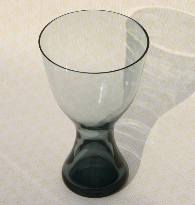 WMF Glas-Vase Entwurf WILHELM WAGENFELD 1961 turmalin Bechervase Vintage