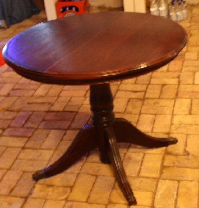 runder tisch zum ausziehen runde with runder tisch zum. Black Bedroom Furniture Sets. Home Design Ideas