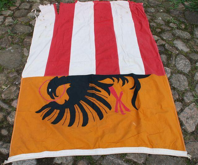 Große Flagge Fahne Adler Rot Weiß Streifen Gelb Schwarz