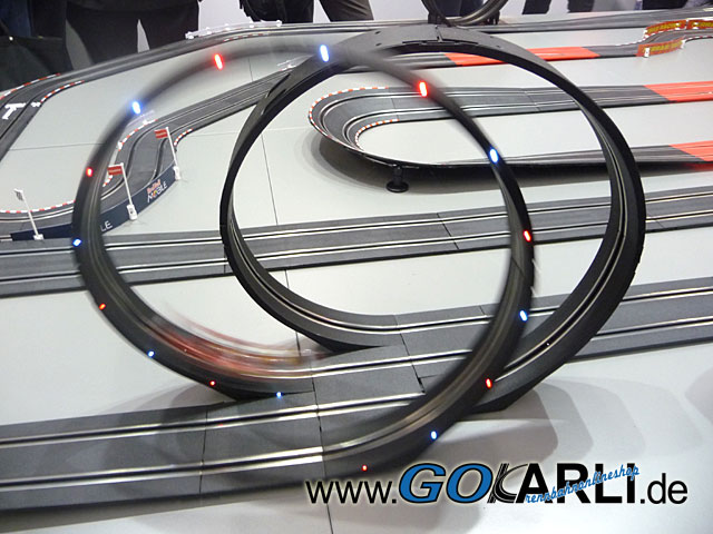Led Beleuchtung Carrera Go : Carrera GO  Digital 143 Looping Set mit LED Beleuchtung und Sound