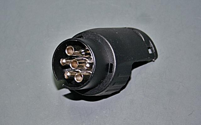 ahk adapter stecker 7 polig auf 13 polig steckdose anh ngerkupplung ebay. Black Bedroom Furniture Sets. Home Design Ideas