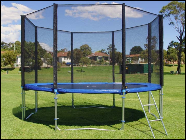 trampolin gartentrampolin set 305 cm 180 kg netz leiter plane u erdanker ebay. Black Bedroom Furniture Sets. Home Design Ideas