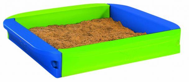 Big sandpit sandkasten