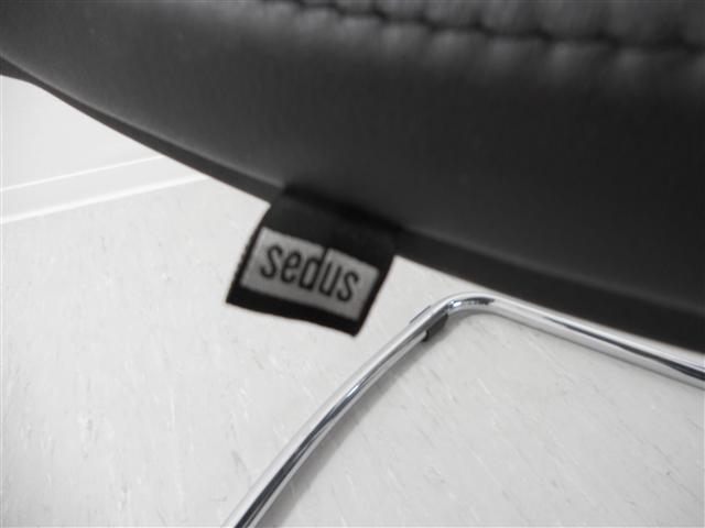 restposten sedus open up 233 freischwinger besucherstuhl chrom leder schwarz ebay. Black Bedroom Furniture Sets. Home Design Ideas