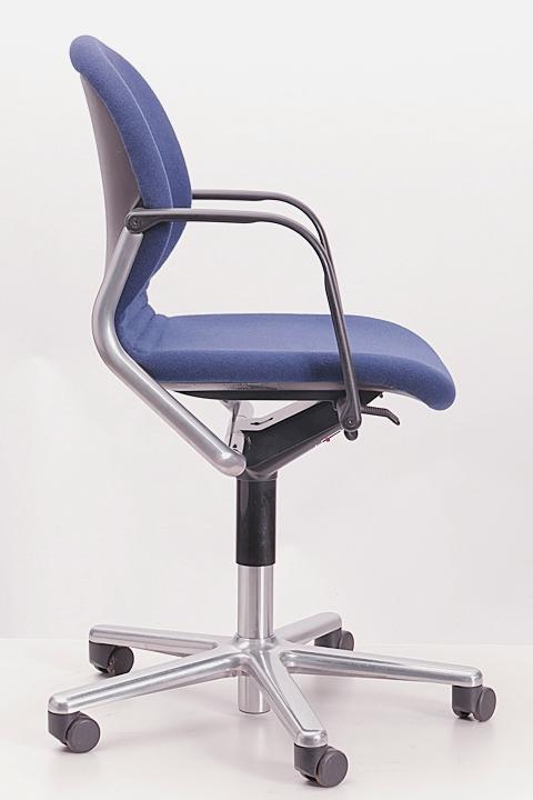 wilkhahn b rodrehstuhl fs line 211 8 b rostuhl drehstuhl. Black Bedroom Furniture Sets. Home Design Ideas