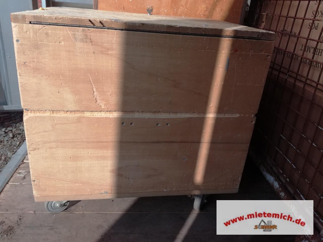 werkzeugkiste mit rollen holztruhe holzkiste holzkoffer schreinerkiste kiste 04 ebay. Black Bedroom Furniture Sets. Home Design Ideas